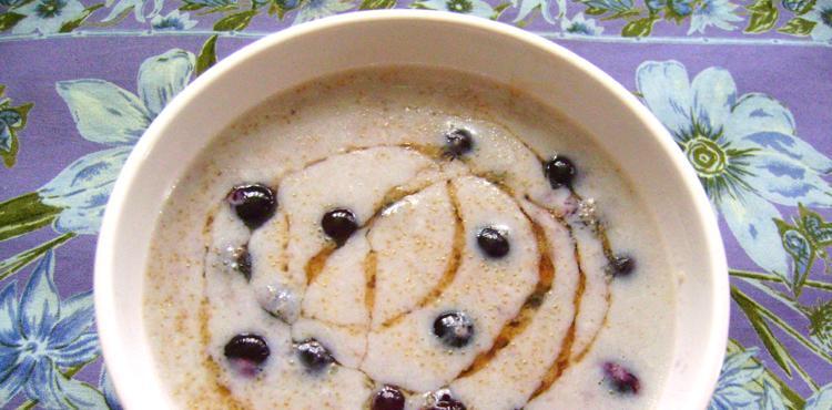 Blueberry Amaranth Porridge