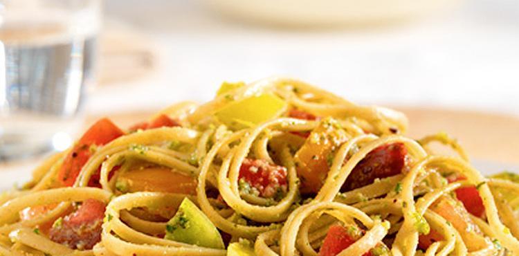 Linguini Tomatoes and Pistachios