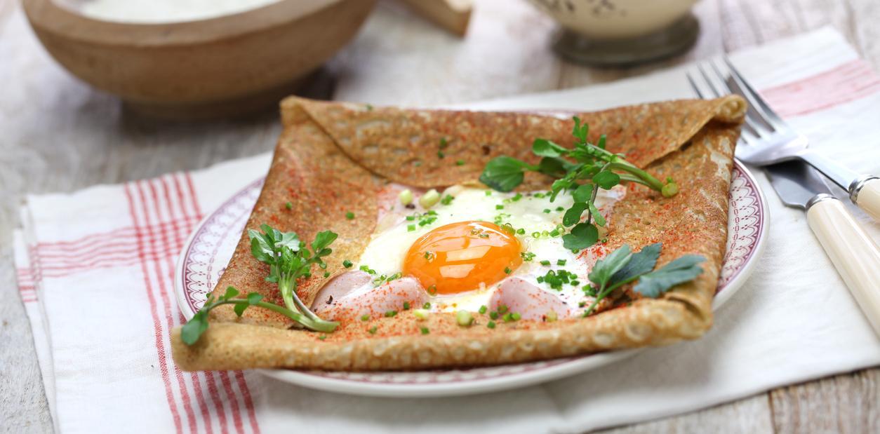 iStock-667903356_Buckwheat_Crepe_eggs.jpg