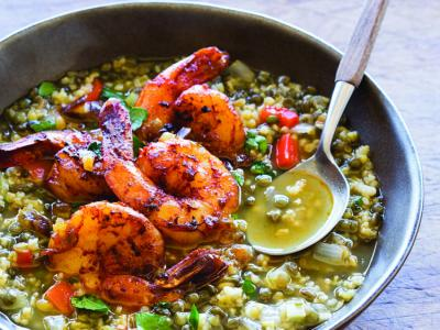 Freekeh Soup with Shrimp and Dates