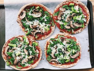 Mediterranean Pita Pizzas