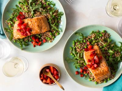 salmon with balsamic strawberries and bulgur-sweet pea salad