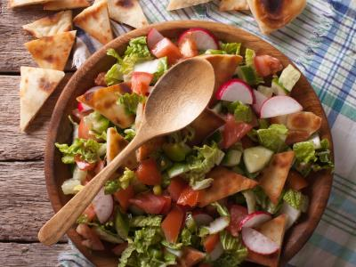 iStock-607746842-fattoush-salad.jpg