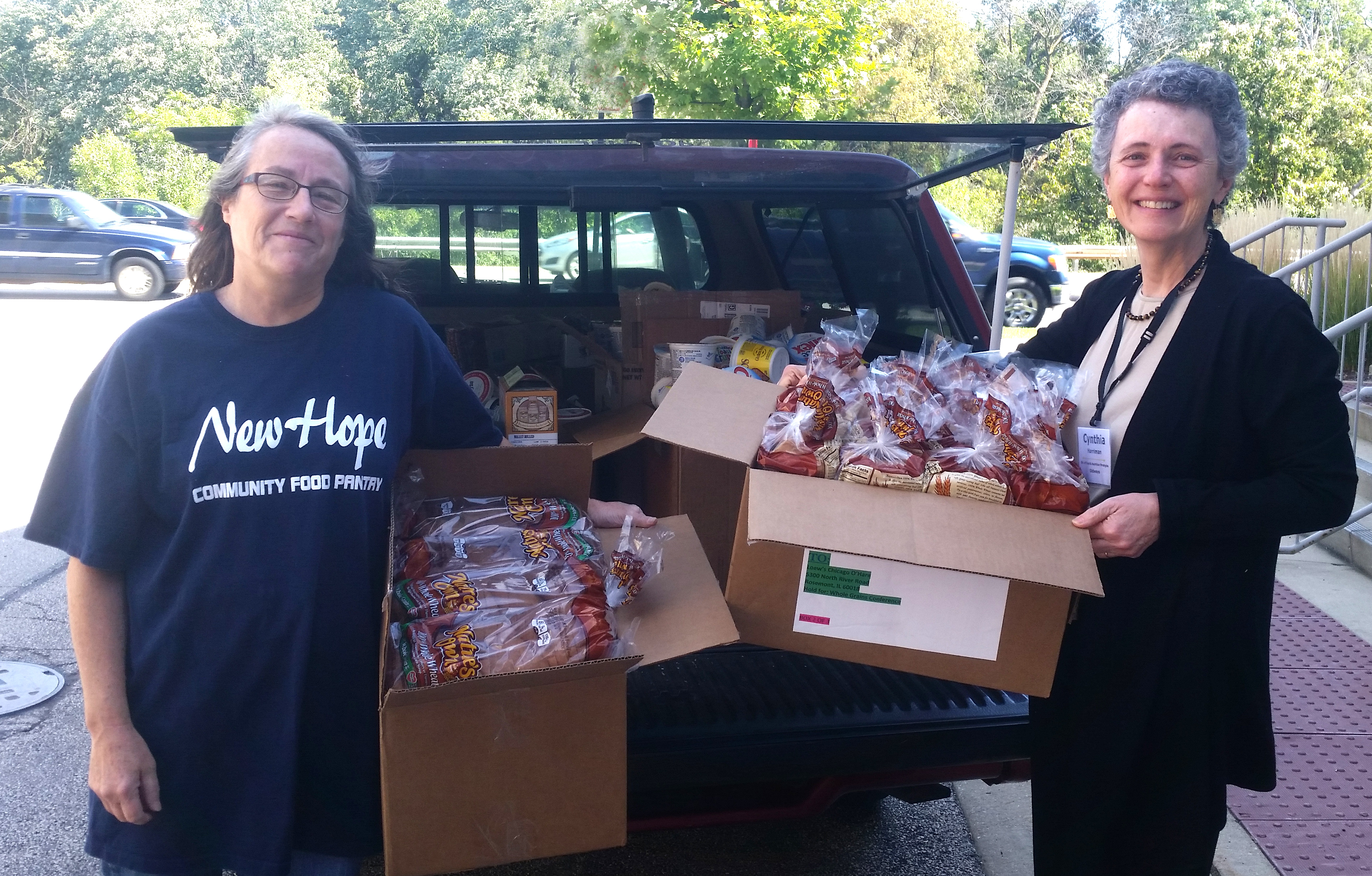 Donating food to the New Hope food pantry